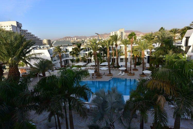750x500-palma-view-swimming-pool